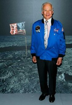 """Vintage May 31, 2010, Buzz Aldrin poses at new exhibition """"27 Seconds"""" at Intrepid Sea-Air-Space Museum in New York City, www.RevWill.com Todays Birthday, Buzz Aldrin, New York Museums, Air And Space Museum, Air Space, Country Singers, Comedians, New York City, Slim"""