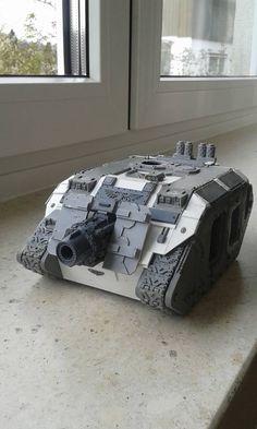 Warhammer 40k Figures, Warhammer Models, Warhammer 40k Miniatures, Warhammer 40000, The Horus Heresy, Salamanders, Armored Fighting Vehicle, Tank Design, Big Guns