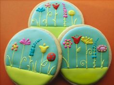 garden biccies - would really need to work on my piping skills to pull this one off!