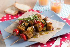 Spiedini di seitan e verdure al forno