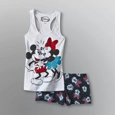 There is 0 tip to buy pajamas. Help by posting a tip if you know where to get one of these clothes. Lazy Day Outfits, Casual Outfits, Cute Outfits, Cute Pjs, Cute Pajamas, Pretty Quinceanera Dresses, Pretty Dresses, Pyjamas, Mickey Mouse Outfit