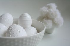 minimal Easter eggs