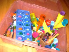 Ice cream theme sensory bin. Love it! We do sensory bins in the summer for when it's too hot to be outside.