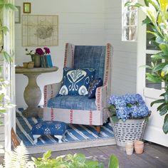 Nice interior of summer house Summer House Garden, Home And Garden, Summer Houses, Hippie Chic, Garden Retreat Ideas, Garden Ideas, Patio Ideas, Summer House Interiors, Ideas Prácticas