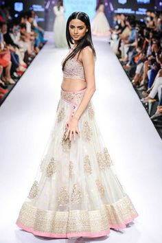 LFW '15: Day 5: Anushree Reddy