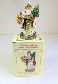 International Santa Claus Collection WALES SC34 Welsh Father Christmas .1998