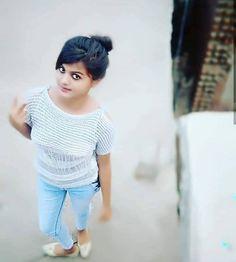 New post 😍 💋 Beautiful Girl Photo, Cute Girl Photo, Beautiful Girl Indian, The Most Beautiful Girl, Beautiful Models, Stylish Girl Images, Cute Girl Face, Girls Dpz, Girls Image