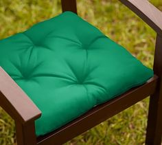 Universal Dining Cushion (Tufted)   Sunbrella(R) Emerald · Tufted Dining  ChairsOutdoor ...