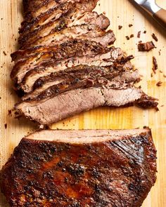 French Delicacies Essentials - Some Uncomplicated Strategies For Newbies How To Make Texas-Style Brisket In The Oven Cooking Lessons From The Kitchn Beef Brisket Recipes, Meat Recipes, Cooking Recipes, Bbq Beef, Dinner Recipes, Beef Meals, Game Recipes, Kitchen, Restaurant Steak