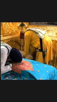 Gurbani Quotes, Wish Quotes, Funny Quotes, Good Morning Clips, Guru Nanak Ji, Guru Nanak Jayanti, New Year Wishes Quotes, Shri Guru Granth Sahib, Guru Pics