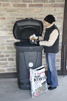 Biolan Talvikuivike on kuituhampusta, havupuun kuoresta ja turpeesta valmistettu kuivike erityisesti kylmän vuodenajan kompostointiin. Composting, Keurig, Kitchen Appliances, Diy Kitchen Appliances, Home Appliances, Kitchen Gadgets