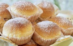Candy Drinks, Hand Fans, Fika, Candy Recipes, Cheesecake, Goodies, Bread, Baking, Dinner