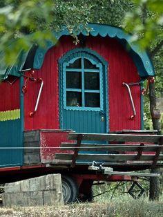 Gîte Lauris, Luberon, Vaucluse #vacances #roulotte