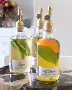 Infused Simple Syrup Recipes with Free Labels - Tonality Designs - Food: Veggie tables Cocktail Syrups, Cocktail Recipes, Margarita Recipes, Printable Labels, Free Printable, Labels Free, Gin, Homemade Syrup, Homemade Liquor