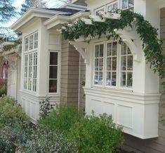 ideas for design house front window - + DESIGN + Bay Window Exterior, Exterior House Siding, Facade House, Up House, House Windows, Bay Windows, Front Windows, House Front Design, Exterior Remodel