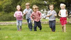 Hier erhalten Sie viele nützliche Tipps zur Organisation eines Kindergeburtstages>> Barn, Couple Photos, Couples, Children, Birthday, Organization, Treasure Hunt Kids, Birthday Celebrations, Superheroes