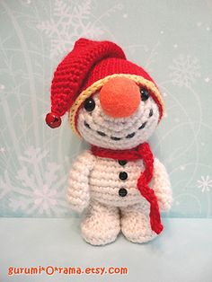 """Snowman Wreath"" -  Gurumi'O'Snowman - Note: The link for this pattern doesn't work but they took photos of the instructions so just save the 2 images (you'll see what I mean when you go to the page)"