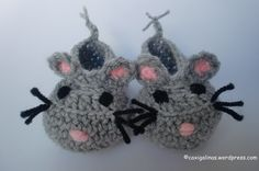 MOUSY BOOTIES   Recently I am making many booties because... my baby will be born soon!! These booties are very easy and funny.     Size / Measurements -0-3 mont...
