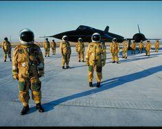 SR-71 pilot gathering 1980's http://ift.tt/2k225M0