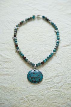 Blue rainbow jasper necklace with a gemstone pendant and tibetan silver hummingbirds on Etsy, 25,00$