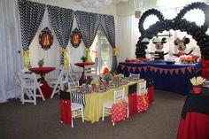 Mickey & Minnie ears arch! www.partyfiestadecor.com