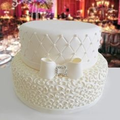 Home - Marry Caribbean White Wedding Cakes, Beautiful Wedding Cakes, Gorgeous Cakes, Amazing Cakes, Cake Boss, Fondant Cakes, Cupcake Cakes, Bolo Fack, Fake Cake