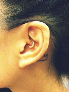 New daith piercing by Evan at NY Adorned. Daith Piercing Migraine, Facial Piercings, Piercing Tattoo, Ear Piercings, I Love Jewelry, Body Jewelry, Jewlery, Jewelry Box, Tatoo