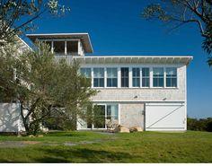 http://www.estestwombly.com/Estes Twombly Architects Danevic Block Island House.html