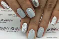 Gray and Silver Nails. Nails With Rhinestones. Gray and Silver Nails. Nails With Rhinestones. Silver Glitter Nails, Rhinestone Nails, Silver Acrylic Nails, Glitter Nikes, Glitter Manicure, Nail With Rhinestones, Short Nails Acrylic, White Sparkle Nails, Glitter Uggs