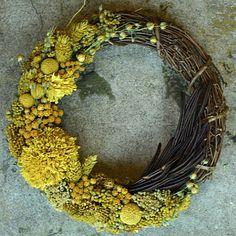 "Xmas Wreath ""S"" Mustard by geckou"