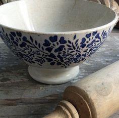 Cafe au Lait Bowl-Blue Floral FleaingFrance