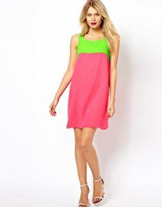 Aumentar Vestido de corte recto en colour block de Love