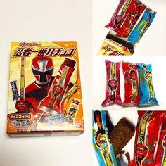 "#NinjyaIchibantou Choco  Esta es un Snack de chocolate basados en la serie de TV ""Ninja Ichibanto"" (Escuadrón Shuriken Nin-Ninja)  http://ift.tt/1VPNF0E  This is a chocolate snack based off the Ninja Ichibanto item that the New Squadron. #boxfromjapan #golosinasjapon #japanesecandy #bfjcajadiciembre #bfjdecemberbox"