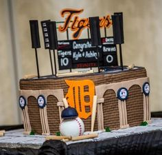 Detroit Tigers Groom Cake! Replica of Comerica Park. :o)