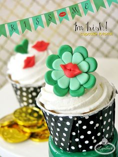 Dress your cupcakes in green & share the luck of the Irish with sweetly simple St. Patrick's Day fondant toppers — only available here on the Craftsy blog!