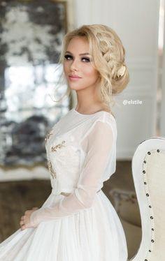 Coiffure De Mariage : Featured Hairstyle: Elstile;www.elstile.ru; Wedding hairstyle idea....