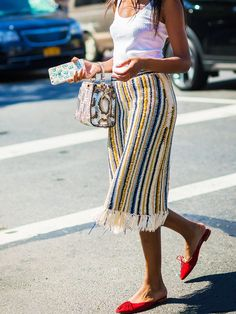 What to Wear With Every Shoe Colour via @WhoWhatWearUK