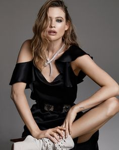 Behati Prinsloo strikes a pose on the February 2019 cover of Marie Claire Italy. Lensed by David Roemer (Atelier Management), the Namibian model wears an embroidered jacket, white shirt and leather shorts from Saint Laurent. Behati Prinsloo, Hannah Ferguson, Steven Meisel, Marie Claire, Vogue Paris, Daily Fashion, Fashion Photo, Vogue Fashion, Fashion Spring