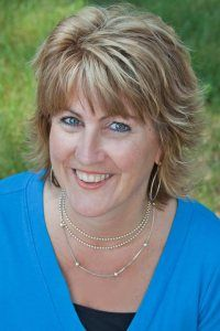Meet Lynda Schab, author of Madily in Love!