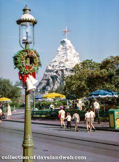 Davelandblog: Disneyland, Matterhorn, Dec. 1961