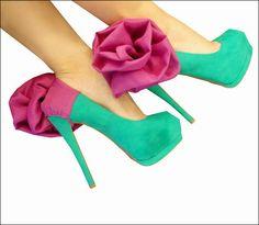 コンドームのようにヒールにつけて靴を個性的にする「HeelCondoms」 - GIGAZINE