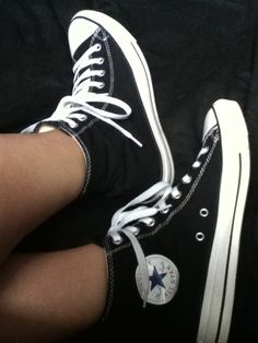 Black Converse I want these