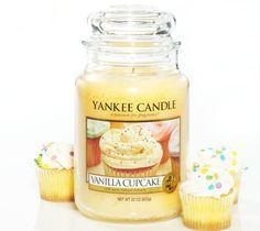 Vanilla Cupcake Yankee Candle <3