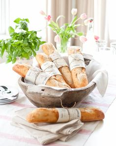 I stumbled upon Heather Bullards Blog and fell in love with it! This is just the beginning...French Baguette Wrap: Free Printable