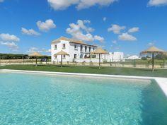 Finca El Mayorazgo Viejo. Apartamentos con encanto y piscina en Conil de la Frontera, Cadiz