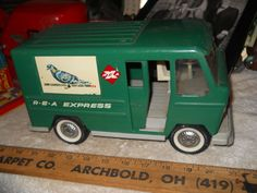 BUDDY L pressed steel vintage toy delivery truck/van