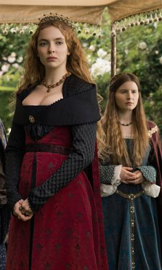 The official website for The White Princess, a STARZ Original Series based on Phillipa Gregory's best-selling books, featuring videos, photos, and more. The White Princess, Real Princess, White Queen, Royal Tv Show, Elizabeth Of York, Fairytale Fashion, Jodie Comer, New Wife, Fantasy Dress