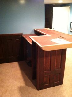 Roxanne Recycles: How to build a Home Bar on a budget Basement Remodel Diy, Basement Renovations, Attic Renovation, Basement Ideas, Building A Home Bar, Home Bar Accessories, I Love Diy, Built In Bar, Man Cave Home Bar