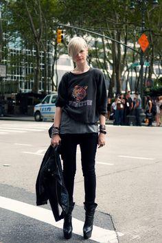 Kate LanphearStyle Director, T Magazine -J Brand Black Jeans -YSL / Saint Laurent Imperiale Booties -Vintage Princeton Sweatshirt Look Fashion, Fashion Outfits, Womens Fashion, Fashion Edgy, J Brand, Looks Rock, Kate Lanphear, Ysl Saint Laurent, Moda Formal