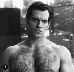 I like him as Superman henry cavill Henry Caville, King Henry, Superman Henry Cavill, Hommes Sexy, Handsome Actors, Bear Men, Hairy Chest, Henry Williams, Shirtless Men